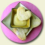 ginger shortbread hearts with lemon curd